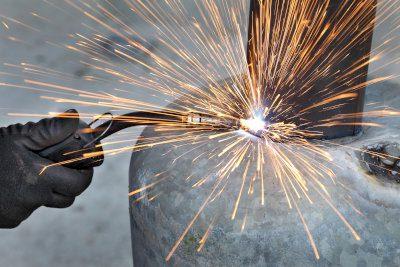 metal to metal bonding with adhesives